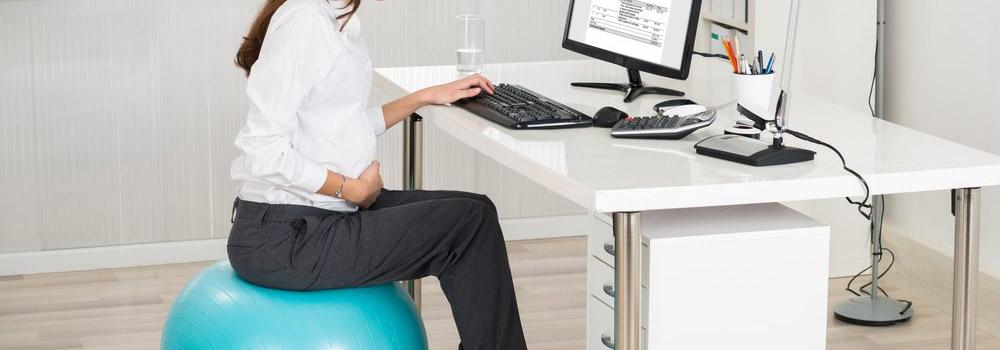 Як ви можете використовувати фітбол замість робочого крісла? Babyfoot