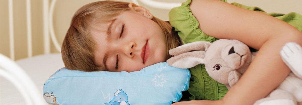 Почему мой ребенок плохо спит? Ортопедические подушки Qmed