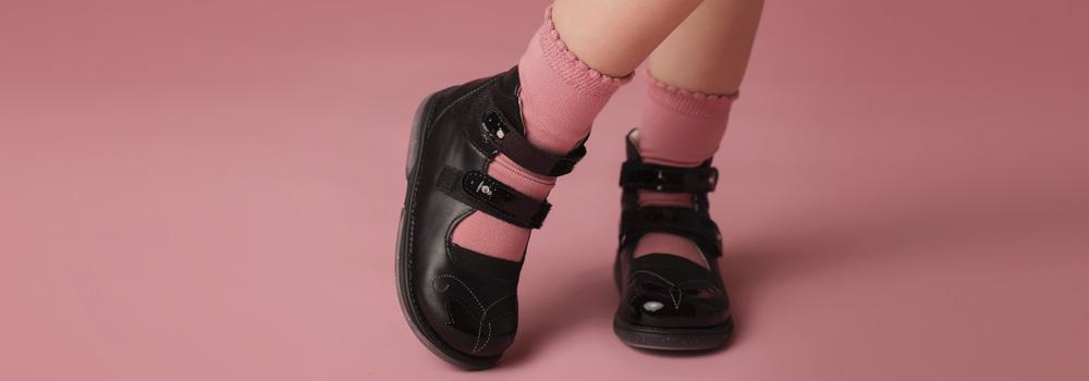 Дитячі туфлі для дівчинки - найкращі моделі на Babyfoot!